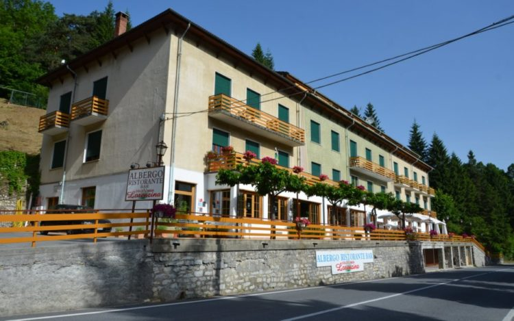 hotel albergo ristorante lorenzina